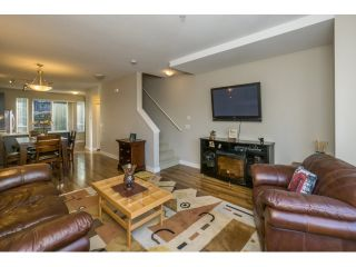 """Photo 5: 21 21867 50 Avenue in Langley: Murrayville Townhouse for sale in """"Winchester"""" : MLS®# R2009721"""