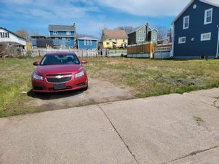 Photo 1: 124 St. Anns Street in Sydney: 201-Sydney Vacant Land for sale (Cape Breton)  : MLS®# 202112110