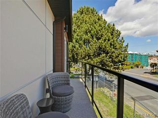 Photo 19: 4 1060 Tillicum Rd in VICTORIA: Es Kinsmen Park Row/Townhouse for sale (Esquimalt)  : MLS®# 717795