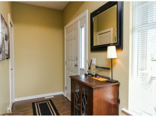 """Photo 2: 122 33751 7TH Avenue in Mission: Mission BC Townhouse for sale in """"HERITAGE PARK PLACE"""" : MLS®# F1426580"""