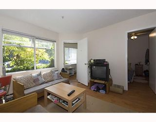 """Photo 2: 105 921 THURLOW Street in Vancouver: West End VW Condo for sale in """"KRISTOFF PLACE"""" (Vancouver West)  : MLS®# V774226"""
