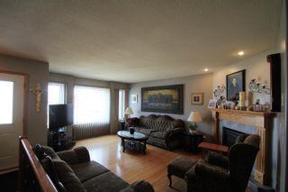 Photo 2: 5710 47 Avenue: St. Paul Town House for sale : MLS®# E4263037