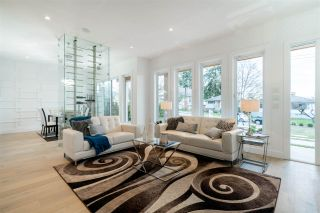 Photo 4: 446 E 11TH STREET in North Vancouver: Central Lonsdale House for sale : MLS®# R2286464