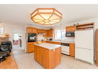 Photo 11: 1493 160A Street in White Rock: King George Corridor House for sale (South Surrey White Rock)  : MLS®# R2370241