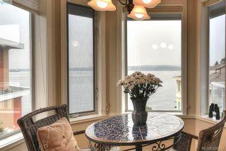 Photo 7: 9 300 Plaskett Pl in VICTORIA: Es Saxe Point House for sale (Esquimalt)  : MLS®# 784553