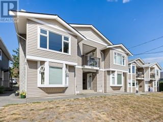 Main Photo: 4 524 Rosehill St in Nanaimo: House for sale : MLS®# 885516
