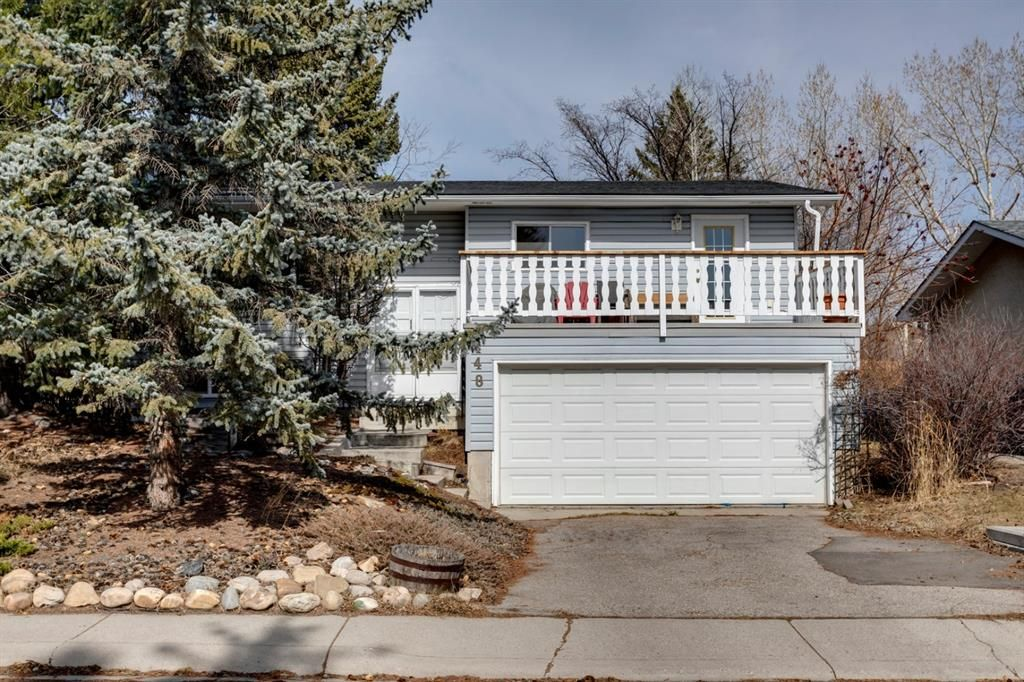 Main Photo: 448 Dalmeny Hill NW in Calgary: Dalhousie Detached for sale : MLS®# A1091772