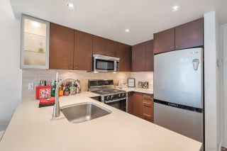 "Photo 8: 609 5900 ALDERBRIDGE Way in Richmond: Brighouse Condo for sale in ""LOTUS"" : MLS®# R2250675"