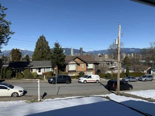 Photo 3: 4078 NITHSDALE Street in Burnaby: Burnaby Hospital House for sale (Burnaby South)  : MLS®# R2345010
