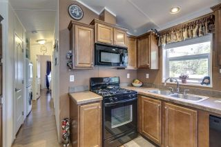 """Photo 14: 27 40022 GOVERNMENT Road in Squamish: Garibaldi Estates Manufactured Home for sale in """"Angelo's Trailer Park"""" : MLS®# R2379111"""