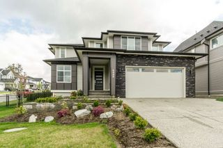Photo 1: 8448 MCTAGGART Street in Mission: Hatzic House for sale : MLS®# R2409494