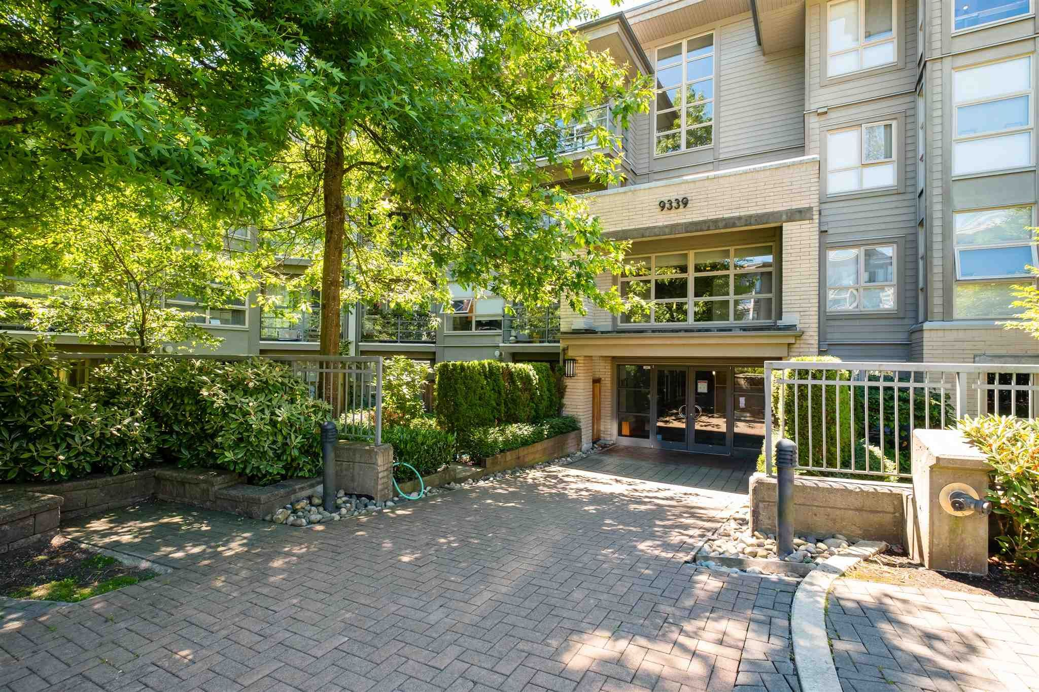"""Photo 2: Photos: 211 9339 UNIVERSITY Crescent in Burnaby: Simon Fraser Univer. Condo for sale in """"HARMONY"""" (Burnaby North)  : MLS®# R2597666"""