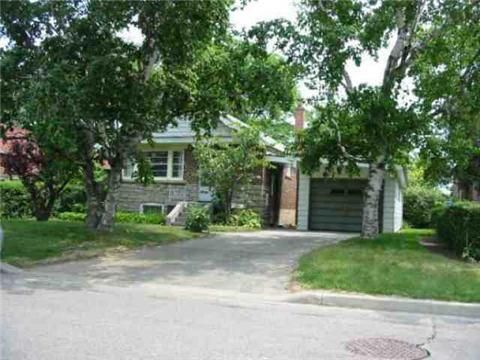 Main Photo: 65 Fishleigh Drive in Toronto: Birchcliffe-Cliffside House (Bungalow) for sale (Toronto E06)  : MLS®# E3210267