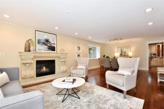 """Photo 3: 835 W 23RD Avenue in Vancouver: Cambie House for sale in """"DOUGLAS PARK/CAMBIE VILLAGE"""" (Vancouver West)  : MLS®# R2477711"""