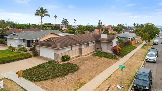Main Photo: House for sale : 3 bedrooms : 5023 Fanuel Street in San Diego