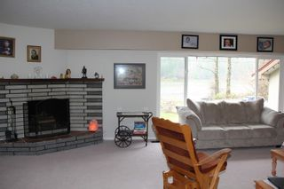 Photo 5: 586 WARDLE Street in Hope: Hope Center House for sale : MLS®# R2323361