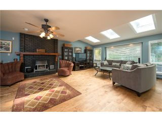 "Photo 6: 2156 MEADOWOOD PK in Burnaby: Forest Hills BN House for sale in ""FOREST HILLS"" (Burnaby North)  : MLS®# V972213"