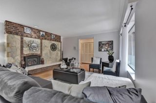 "Photo 6: 21331 DOUGLAS Avenue in Maple Ridge: West Central House for sale in ""West Maple Ridge"" : MLS®# R2576360"