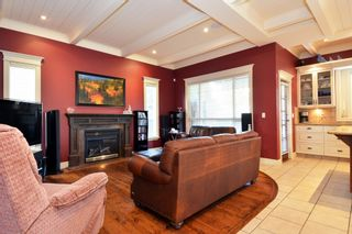 Photo 14: 16777 57A Avenue in Surrey: Cloverdale BC House for sale (Cloverdale)  : MLS®# F1434225