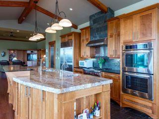 Photo 23: 541 3666 Royal Vista Way in COURTENAY: CV Crown Isle Condo for sale (Comox Valley)  : MLS®# 781105