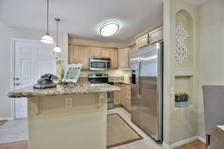 Photo 7: CLAIREMONT Condo for sale : 1 bedrooms : 5404 Balboa Arms Dr #469 in San Diego