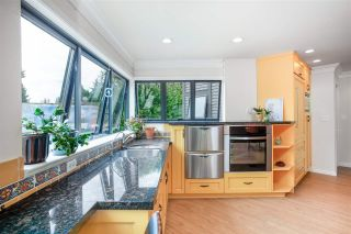 """Photo 12: 102 2181 PANORAMA Drive in North Vancouver: Deep Cove Condo for sale in """"Panorama Place"""" : MLS®# R2496386"""