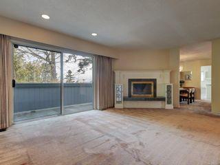 Photo 7: 2058 Saltair Pl in : SE Gordon Head House for sale (Saanich East)  : MLS®# 867531