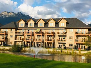 Photo 2: 216 - 200 BIGHORN BOULEVARD in Radium Hot Springs: Condo for sale : MLS®# 2454764
