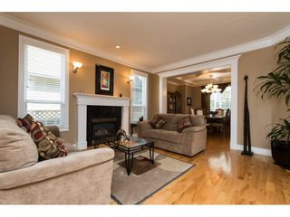 Photo 3: 15338 28A Avenue in Surrey: King George Corridor House for sale (South Surrey White Rock)  : MLS®# R2284400