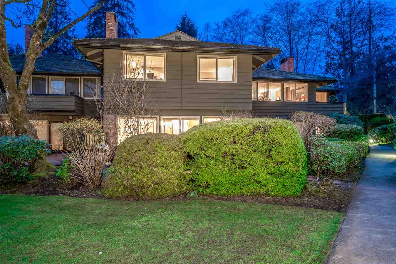 """Main Photo: 1002 235 KEITH Road in West Vancouver: Cedardale Townhouse for sale in """"SPURAWAY GARDENS"""" : MLS®# R2560534"""