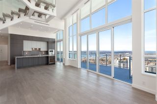 """Photo 2: 2403 125 E 14 Street in North Vancouver: Central Lonsdale Condo for sale in """"Centreview"""" : MLS®# R2542710"""