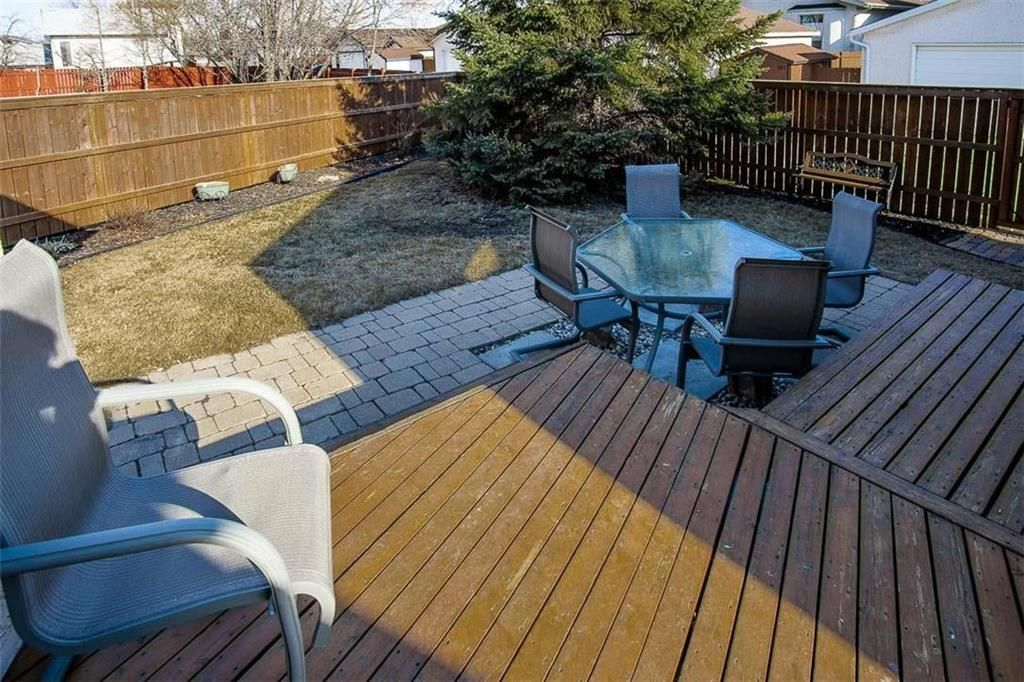 Photo 29: Photos: 23 Tiverton Bay in Winnipeg: River Park South Residential for sale (2F)  : MLS®# 202008374