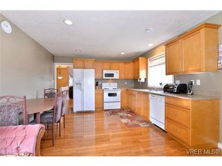 Photo 14: 2259 Millstream Road in Langford: La Thetis Heights House for sale