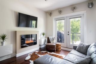"""Photo 2: 103 3382 VIEWMOUNT Drive in Port Moody: Port Moody Centre Townhouse for sale in """"Lillium Villas"""" : MLS®# R2187469"""