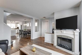 Photo 6: 400 Prestwick Circle SE in Calgary: McKenzie Towne Detached for sale : MLS®# A1070379
