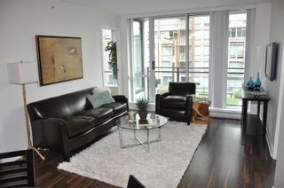 Photo 2: 308 1082 SEYMOUR Street in Vancouver West: Downtown VW Home for sale ()  : MLS®# V931476