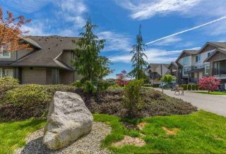 """Photo 2: 9 6233 TYLER Road in Sechelt: Sechelt District Townhouse for sale in """"THE CHELSEA"""" (Sunshine Coast)  : MLS®# R2580819"""