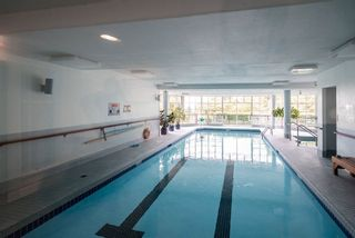 "Photo 19: 506 2800 CHESTERFIELD Avenue in North Vancouver: Upper Lonsdale Condo for sale in ""Somerset Garden"" : MLS®# R2472780"