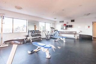 """Photo 13: 302 1177 HORNBY Street in Vancouver: Downtown VW Condo for sale in """"LONDON PLACE"""" (Vancouver West)  : MLS®# R2237119"""