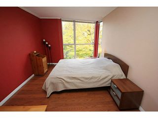 "Photo 14: 205 8420 JELLICOE Street in Vancouver: Fraserview VE Condo for sale in ""BOARDWALK"" (Vancouver East)  : MLS®# V1090998"