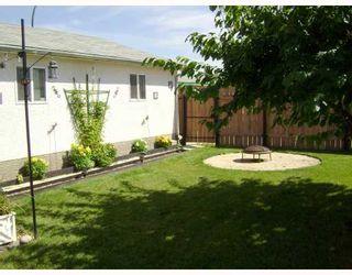 Photo 9: 87 ELLINGTON Street in WINNIPEG: Maples / Tyndall Park Residential for sale (North West Winnipeg)  : MLS®# 2815594