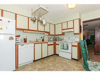 "Photo 11: 110 4885 53 Street in Ladner: Hawthorne Condo for sale in ""GREEN GABLES"" : MLS®# V1139264"