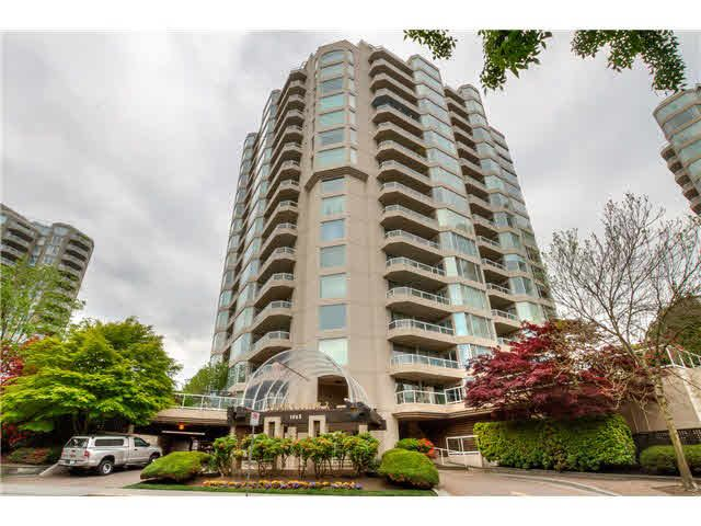 Main Photo: 205 1065 QUAYSIDE Drive in New Westminster: Quay Condo for sale : MLS®# V1123472