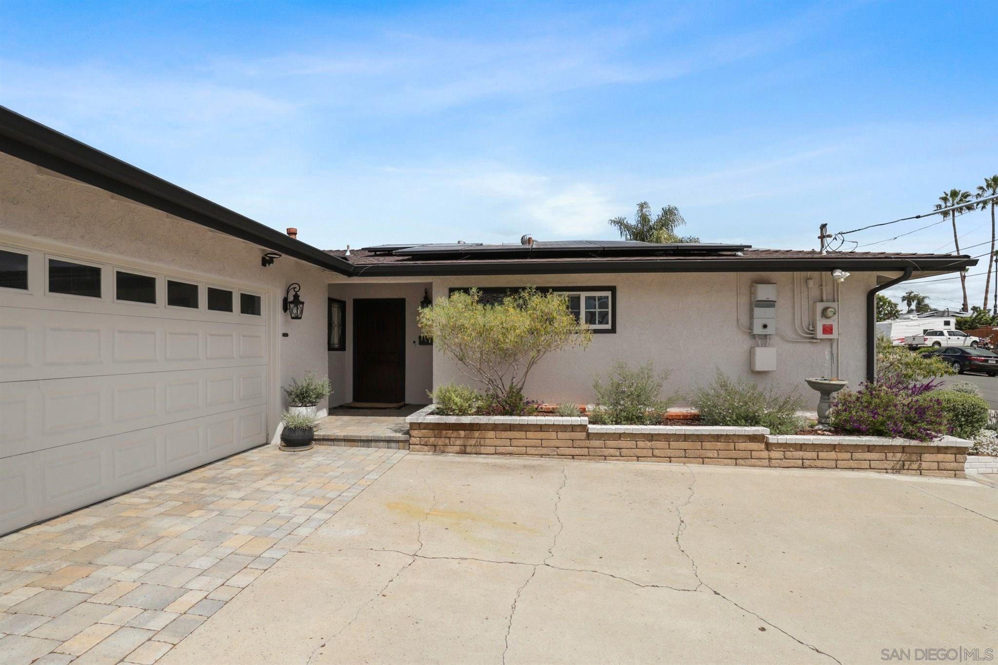 Main Photo: LA MESA House for sale : 3 bedrooms : 5806 Kappa St