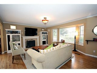 """Photo 9: 1073 SHAMAN Crescent in Tsawwassen: English Bluff House for sale in """"THE VILLAGE"""" : MLS®# V1012662"""