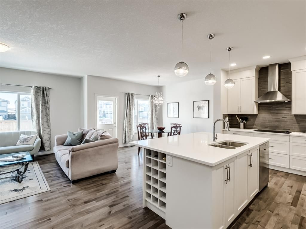 Main Photo: 68 Thoroughbred Boulevard: Cochrane Detached for sale : MLS®# A1071565