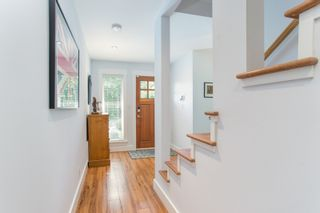 "Photo 4: 2882 MCKENZIE Avenue in Surrey: Crescent Bch Ocean Pk. House for sale in ""Crescent Beach"" (South Surrey White Rock)  : MLS®# R2460460"