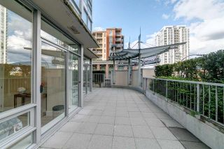 "Photo 13: 303 2978 GLEN Drive in Coquitlam: North Coquitlam Condo for sale in ""Grand Central by Intergulf"" : MLS®# R2422757"