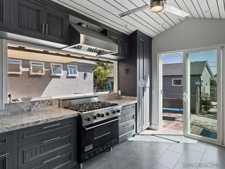 Photo 5: PACIFIC BEACH House for sale : 3 bedrooms : 1261 Diamond Street in San Diego