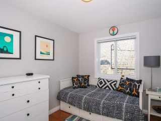 Photo 12: 2151 TRIUMPH Street in Vancouver: Hastings Sunrise 1/2 Duplex for sale (Vancouver East)  : MLS®# R2412946